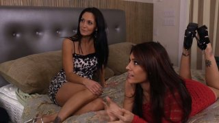 Dark skin hunk catches Ava Addams and Raylene in horny mood