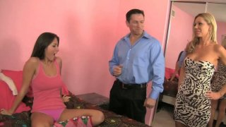 Let's do it together. Ashley Winters and Lizz Tayler threesome scene