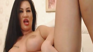 Super Hot Babe Dildoing And Fingering Her Pussy